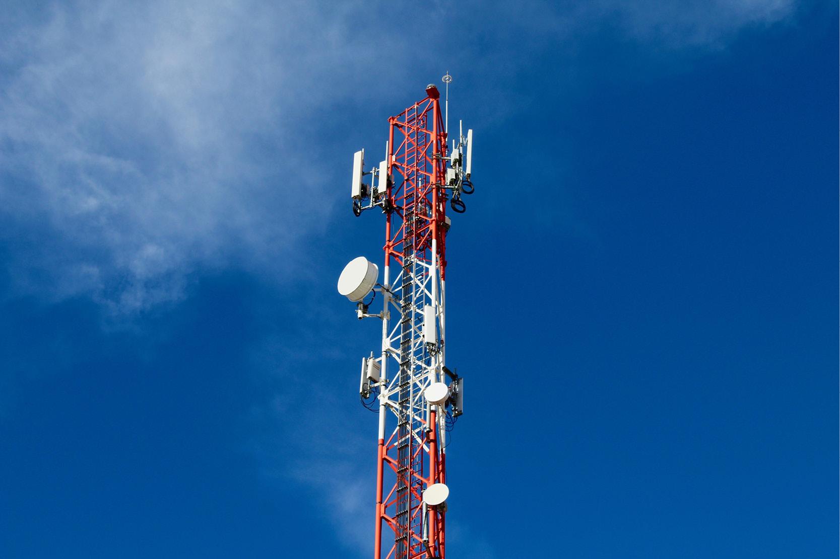 Solar Obstruction Lighting for Communication Tower